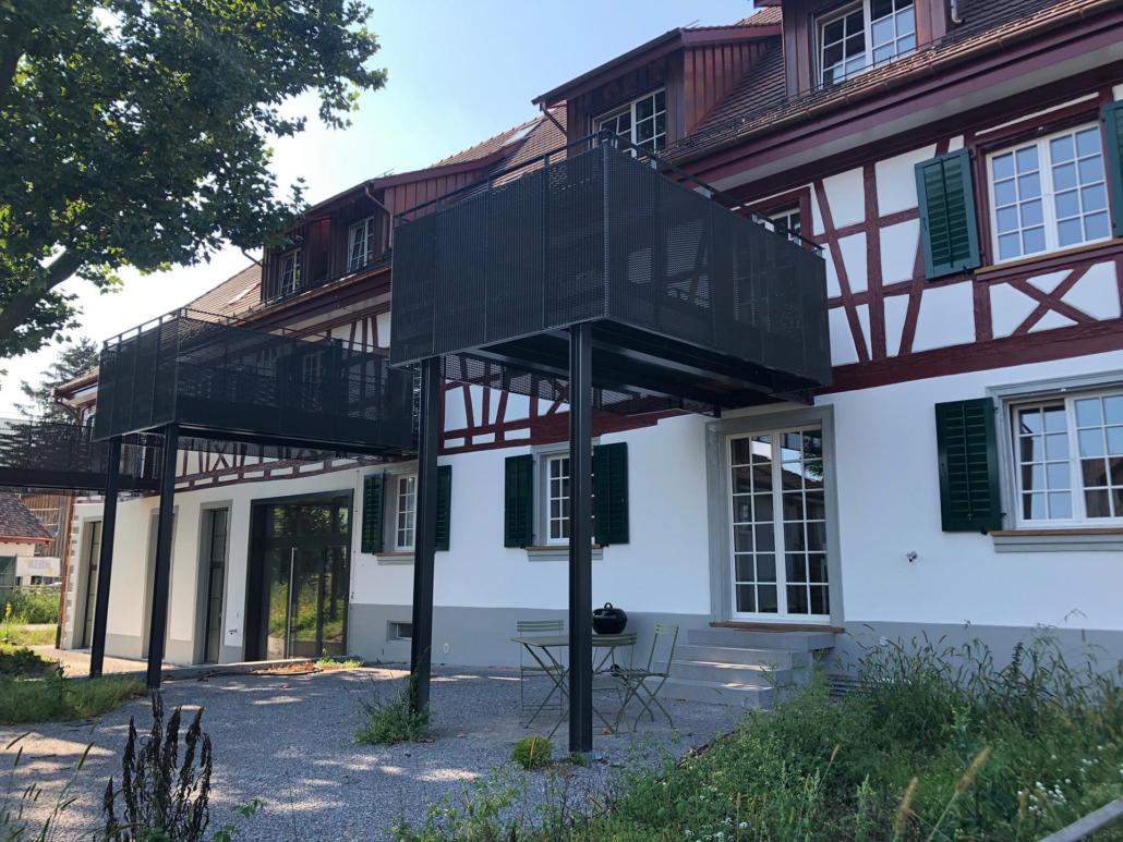 Balkon bei Umbau geplant von Müller & Partner Architekten AG